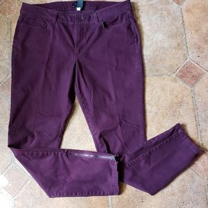 WHBM Skinny Ankle Zip Jeans Pants  Mulberry